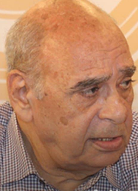 د. أحمد الخميسي. قاص وكاتب صحفي مصري
