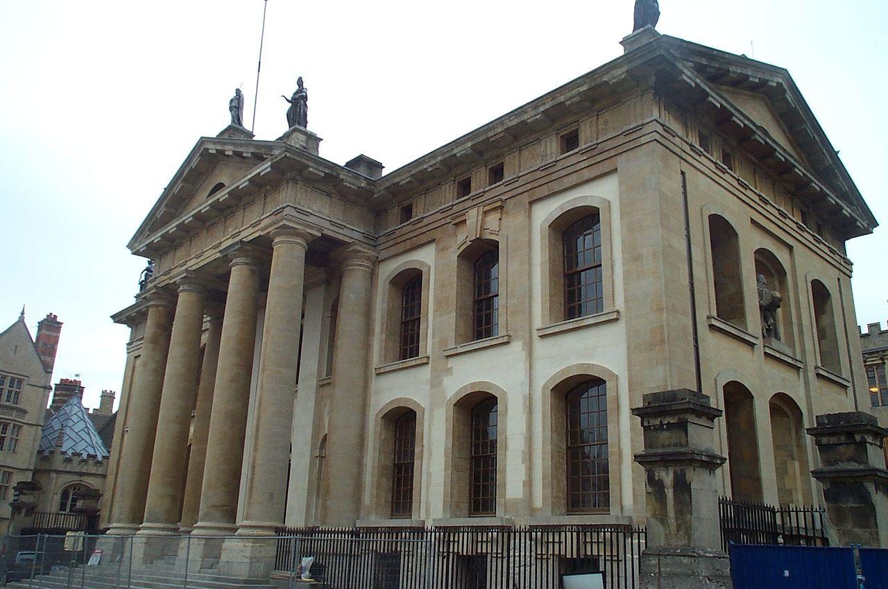 مبنى كلاريندن